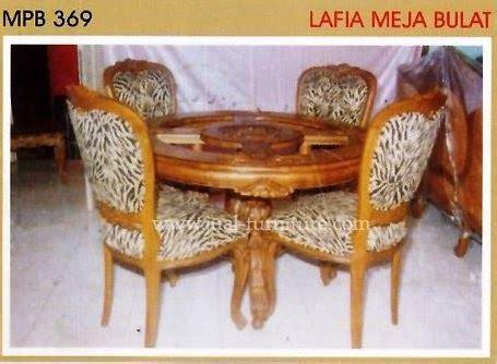 Meja Makan Kaca Bulat meja makan bulat jual furniture minimalis modern