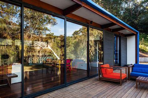 panoramic sliding patio doors sliding glass doors bring the scenic panorama indoors decoist