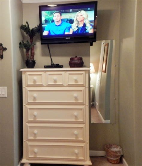 wave queen bedroom set with 32 quot tv at gardner white it s perfect ocean view pool view book vrbo