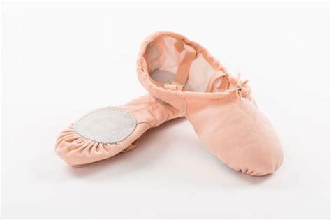 ballet shoes pink canvas split sole ballet shoe pink ss01cx