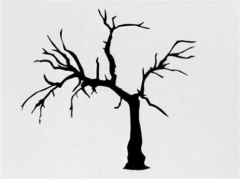 saraccino tree stencil