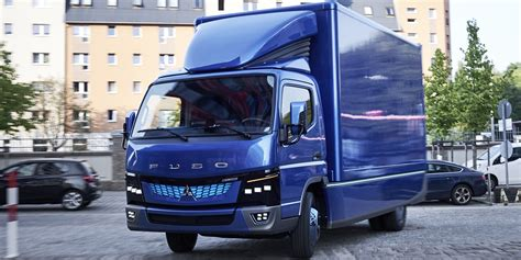 Mitsubishi Truck 2020 by Mitsubishi Fuso To Launch Ev In Each Truck Class By 2020