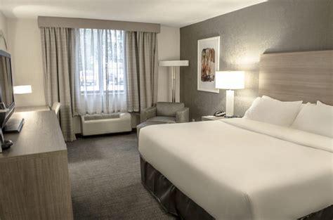 hotel veniz standard room inn fargo standard hotel rooms in fargo nd