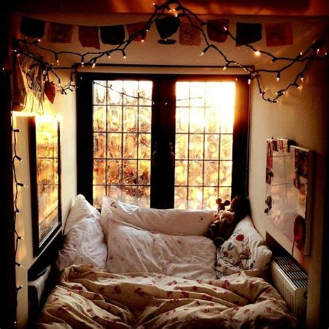 bedroom cosy comfy bedroom the most comfortable looking bed in the