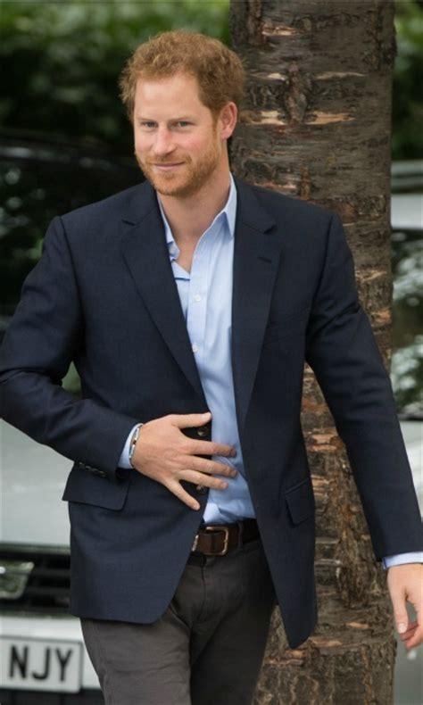 actor prince height prince harry body measurements his height and weight to