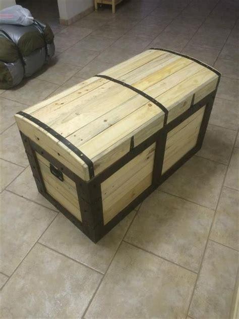 chest   pallets pallet chest pallet furniture