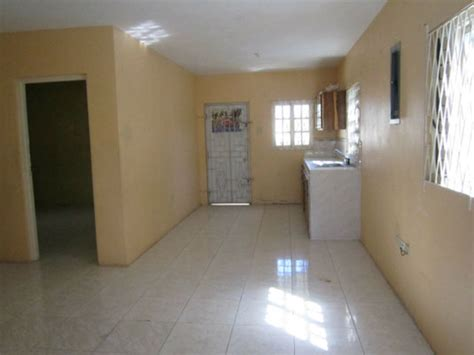 portmore pines 3 bedroom 2 bathroom house for sale