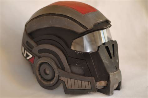 capacitor chestplate mass effect 2 mass effect capacitor helmet 28 images mass effect armory 2 darren weathers my mass effect