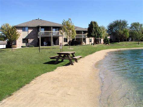 Lake Apartments Green Bay Wi Green Bay Corporate Housing Cedar Lake Apartments