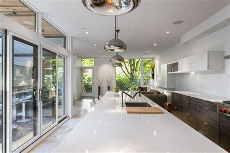 home couture design group inc dise 241 o de casa de dos plantas en esquina fachada e