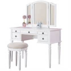 Poundex bobkona st croix vanity set with stool in white
