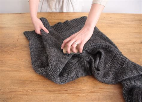 How To Remove Lint Balls From by How To Get Rid Of Lint Balls Tipit Musely