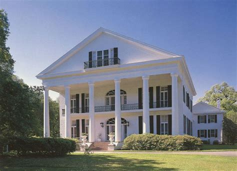 southern plantation home oaklawn plantation southern plantation homes pinterest