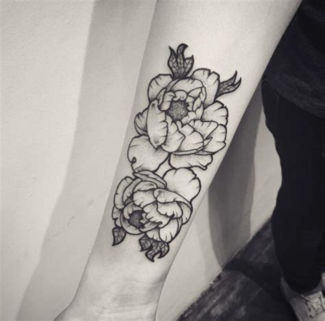 black and white flower tattoo designs 17 outline peony tattoos