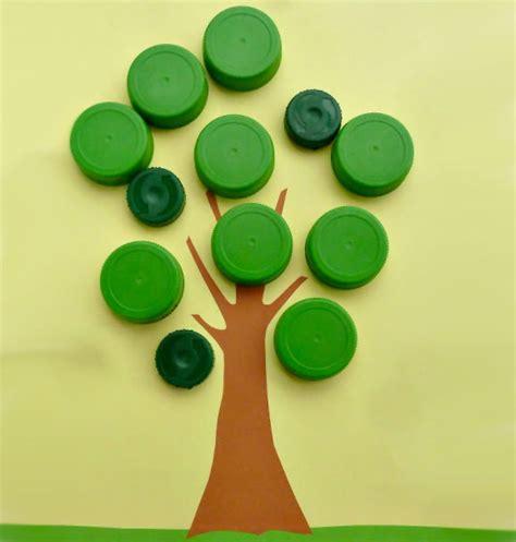 creare con bicchieri di plastica 20 idee per lavoretti con tappi di plastica per bambini