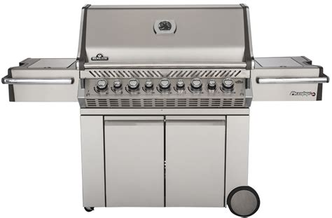 top gas grills best gas grill buying guide consumer reports