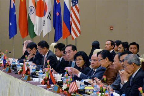Teori Dan Kebijakan Hukum Investasi Langsung Direct Investmen Disk kerjasama bilateral asean dengan negara mitranya meningkat berita moneter dan keuangan