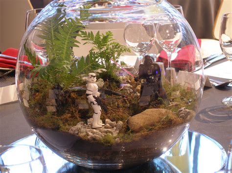wars themed centerpiece on a mirror base wars