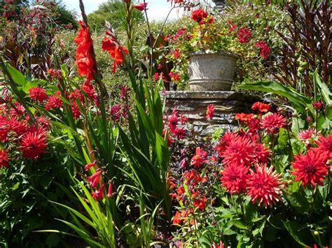 Formidable Pot De Couleur Jardin #2: jardin-rouge.jpg