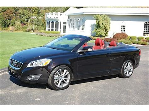 find   volvo  convertible  navigation loaded rare color service included deal