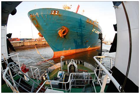 wann fährt der nächste zug jetzt muss das schiff in die knapp bemessene l 195 188 cke