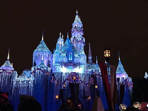 Easy Way To Win Money - 10 easy ways to save money at disneyland win a free hotel night