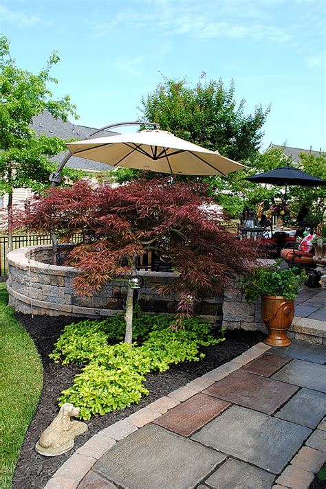 Simple Backyard Patio Ideas 8 Great Ideas For Backyard Landscaping The Graphics Fairy