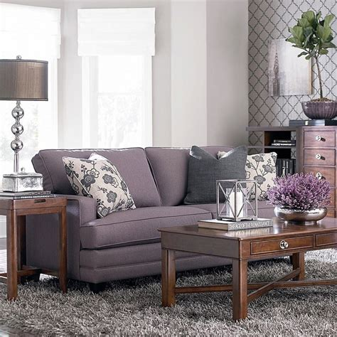 Grey And Mauve Living Room by 1000 Images About Lavender Living Rooms On