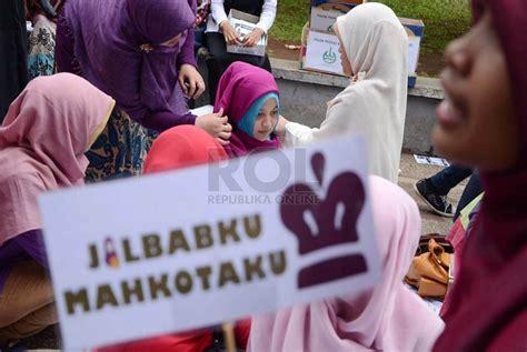 tutorial jilbab humaira trend berjilbab syar i mulai marak di bandung republika