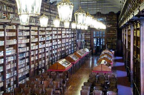 pavia biblioteca universitaria salone teresiano foto di biblioteca universitaria di