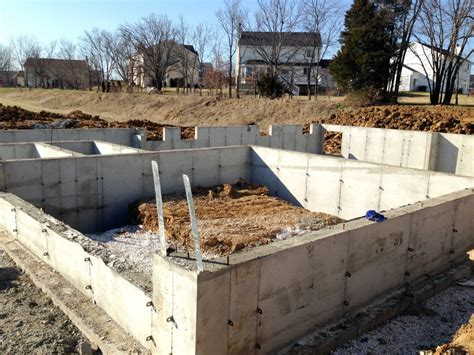 poured concrete house pouring basement foundation walls building dreams