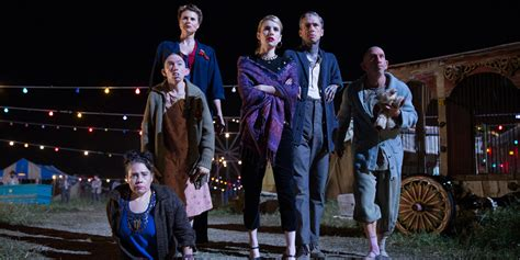 american horror story freak show episode 5 recap what you see isn t what you get huffpost american horror story freak show episode 9 recap murder at a tupperware huffpost