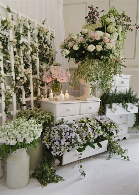 Shop Wedding Flowers by 25 Best Ideas About Flower Shop Displays On