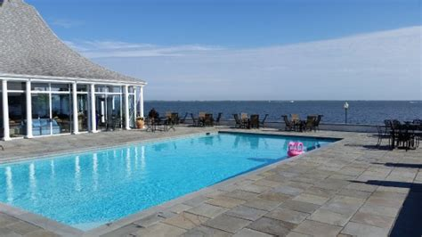 Country Cottage Center Moriches by The Lindenmere Updated 2016 B B Reviews Price Comparison