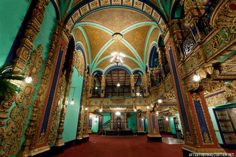 Behind That Curtain 1929 Inside The Opulent Loew S Valencia Theater In Jamaica