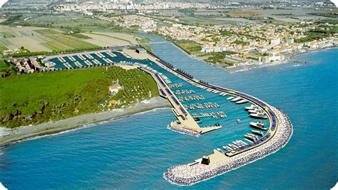 porto cecina cecina il porto con l energia rinnovabile yacht e vela
