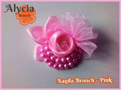 Broochbros Pita Mewah jual aaqila brooch bros pita satin kombinasi pita kain kaca dan manik alycia brooch