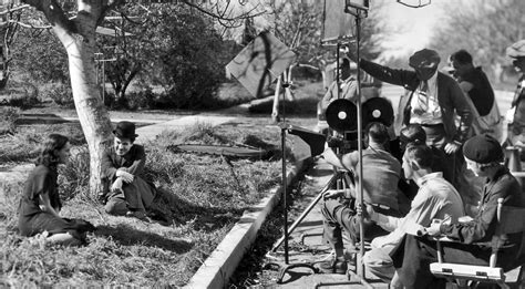 architecure modern times 1936 modern times set design cinema the list