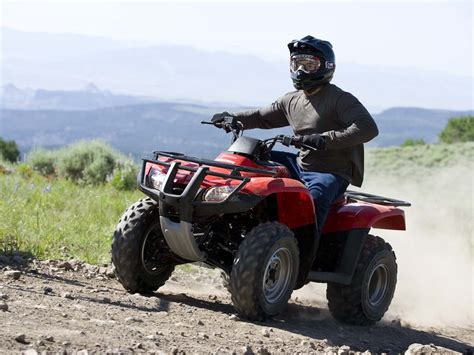 honda fourtrax recon 2010 honda fourtrax recon es review atv illustrated