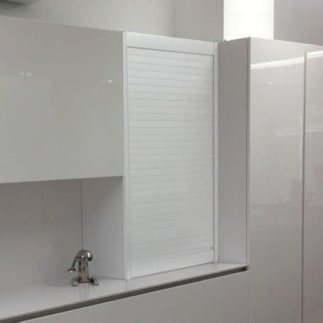 persiana de aluminio blanco  mueble de cocina