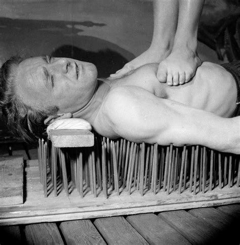 bed of nails nyc lounging on a bed of nails is easy if you re brave enough