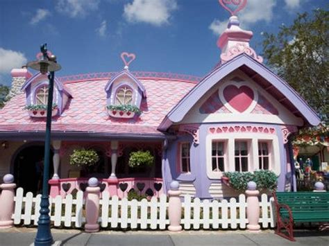 doll house orlando fl mickey mouses real life house click the link to check out other awesome cartoon