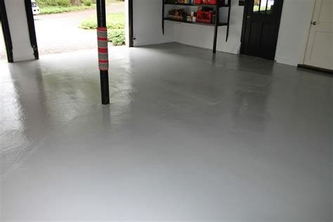 applying glidden garage floor paint