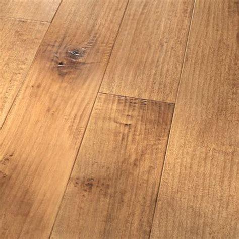 Handscraped Flooring by 5 Quot Maple Blush Amish Handscraped Flooring