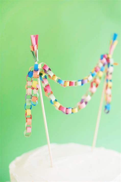 How To Make Paper Chains Without Glue - mini paper chain cake topper diy