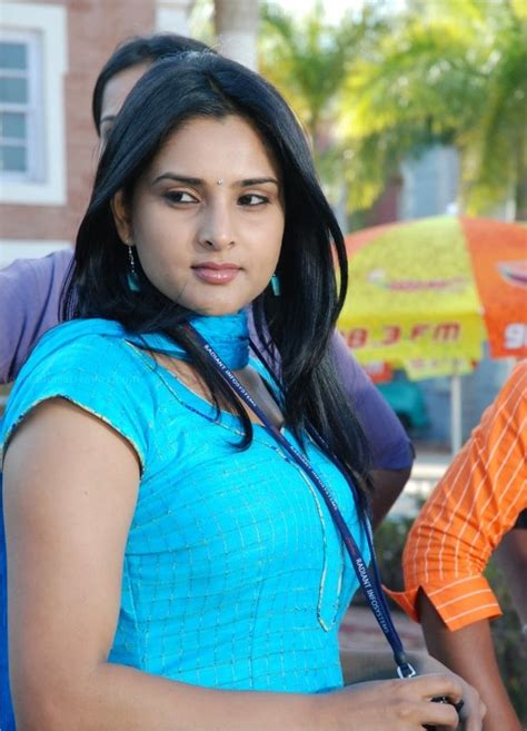 divya spandana actress biography divya spandana photo and wallpapers kannada actress divya spandana