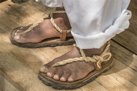 untold story  huaraches mexicos native sandal