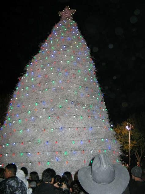 lighted tumbleweed christmas tree in chandler arizona