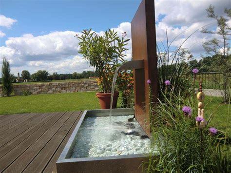 wasserfallbrunnen f 252 r den garten den pool den teich