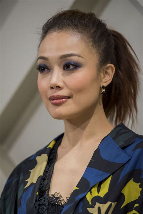 joey yung joey yung in burberry art of the trench event zimbio